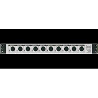 Les TR-110ASP 10 канальный блок изолирующих трансформаторов для аналоговых симметричных аудиосигналов. Входные разъёмы на лицевой панели.