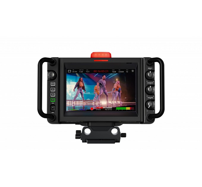 Blackmagic Studio Camera 4K Plus кинокамера